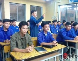 Hàng loạt học sinh đạt điểm cao từ chối đại học, đầu quân trường nghề