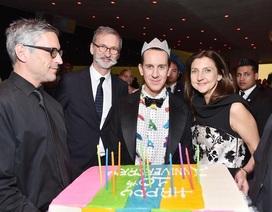 Longchamp kỉ niệm 10 năm hợp tác với nhà thiết kế Jeremy Scott