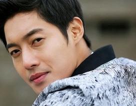 """""""Mỹ nam xứ Hàn"""" Kim Hyun Joong tố bạn gái cũ nói dối"""