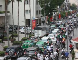 TP.HCM: Lệ phí đăng ký ôtô chính thức tăng gấp 5,5 lần