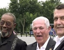 Ba lính thủy đánh bộ Mỹ trở lại Cuba thượng cờ sau 54 năm