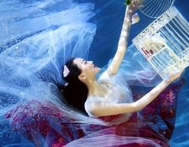 Vẻ yêu kiều của nữ sinh trong loạt ảnh dưới nước tuyệt đẹp