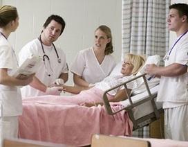 Vì sao nghề y tá kén chọn nam giới?