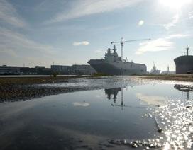 Nga tự chế tạo tàu sân bay hạt nhân vượt trội thay Mistral