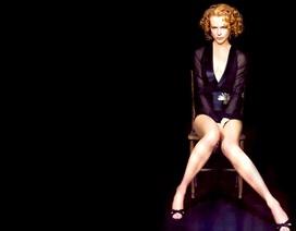 """""""Thiên nga nước Úc"""" Nicole Kidman diện váy xuyên thấu, giành giải thưởng lớn"""