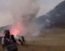 Hoảng hồn vì 2 tấn pháo hoa… vô tình phát nổ