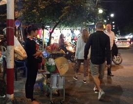 Hà Nội: Công nhiên chiếm dụng vỉa hè phố cổ