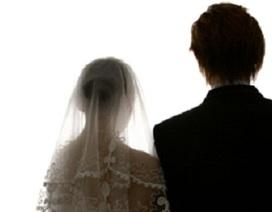 Chuyện buồn của vợ không thể ly hôn và con không quốc tịch