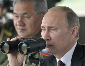 Tổng thống Nga có mặt tại cuộc tập trận gần biên giới với Kazakhstan