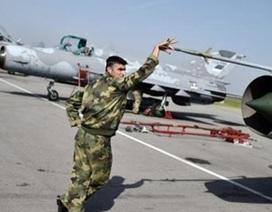 """Syria dùng máy bay chiến đấu """"nồi đồng cối đá"""" thời Liên Xô tiêu diệt IS"""