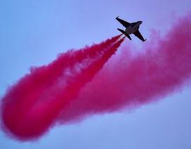 Xem máy bay Nga trình diễn ấn tượng trong triển lãm hàng không