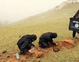 Rùng rợn cảnh IS hành quyết tù nhân bằng bom