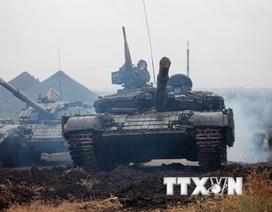 NATO: Nga đang cấp vũ khí cho quân ly khai ở Đông Ukraine