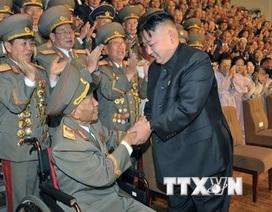 Nhà lãnh đạo Triều Tiên Kim Jong-Un viếng nguyên soái Ri Ul-sol