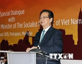 Thủ tướng Nguyễn Tấn Dũng gặp gỡ cộng đồng người Việt tại Malaysia