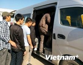 Chiều 16/11: 13 lao động Việt Nam bị nhà thầu hành hung về nước