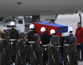 Máy bay đưa thi thể Đại sứ Nga bị sát hại về Moscow