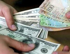 """Một tháng mất hơn nửa giá trị, tiền Venezuela """"rơi tự do"""""""