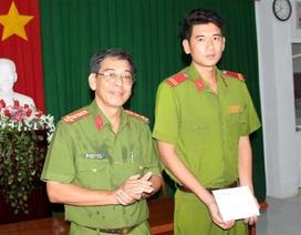 Biểu dương khen thưởng Chiến sĩ Cảnh sát cơ động đạt điểm 10 môn Lịch sử