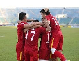 Đội tuyển Việt Nam di chuyển 400km gặp Campuchia