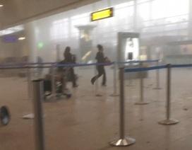 Khoảnh khắc bom nổ chói tai tại sân bay Bỉ