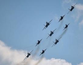 Dàn máy bay Nga rầm rộ diễn tập mừng Ngày Chiến thắng