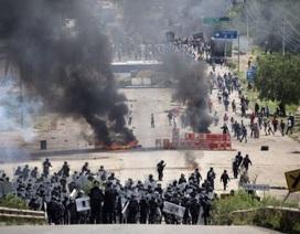 Đụng độ trong biểu tình ở Mexico, 3 người chết