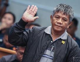 Tổng thống Philippines bị tố từng bắn chết nhân viên tư pháp