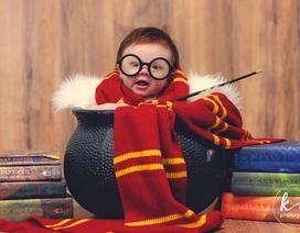 """Ngắm hình ảnh siêu dễ thương của """"em bé Harry Porter"""""""