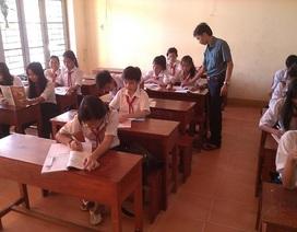 Thầy giáo 10 năm bám đảo Hòn Thơm, mỗi tuần soạn hơn 15 giáo án