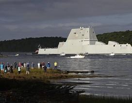 Tàu khu trục giá 4,4 tỷ USD của Mỹ bị hỏng giữa kênh đào Panama