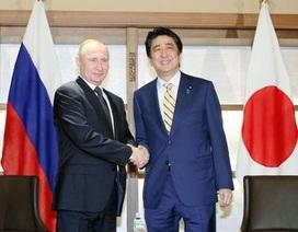 Ông Putin, Abe gặp nhau ở khu nghỉ dưỡng suối nước nóng