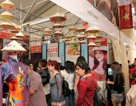 Món nem rán đặc trưng Việt Nam thu hút khách tham quan Mexico