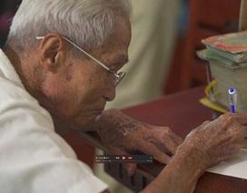 Ông già viết thư thuê nhận giải KOVA