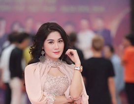 """Ca sĩ Thu Trang kể chuyện cuộc đời bằng album """"Tôi bước vào yêu"""""""