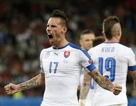 Nga 1-2 Slovakia: Người hùng Hamsik