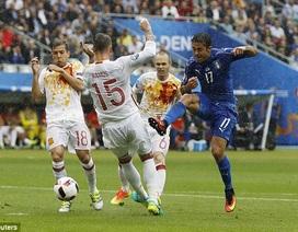 Video clip bàn thắng và diễn biến chính trận Italia 2-0 Tây Ban Nha