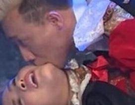 """Hành động táo bạo của Trấn Thành với """"vợ người ta"""""""