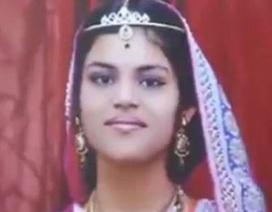 Bé gái Ấn Độ tử vong sau 68 ngày nhịn ăn theo nghi lễ
