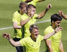 """Đức tự tin chuẩn bị """"chiến đấu"""" với tuyển Pháp"""
