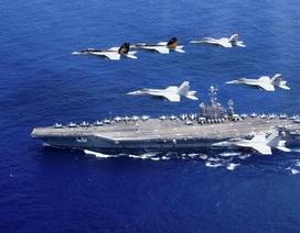 Hai tàu sân bay Mỹ tập trận rầm rộ ngoài khơi Philippines