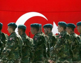 Người Turk Syria tạm biệt, Thổ Nhĩ Kỳ ngày càng cô độc