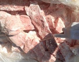 900kg nầm lợn nhập lậu từ Trung Quốc hôi thối, mốc xanh