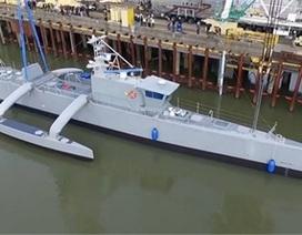 Clip chiến hạm không người lái Mỹ săn tàu ngầm địch