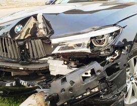 Khách lái thử siêu xe BMW 5 tỉ gây tai nạn nát bét đầu