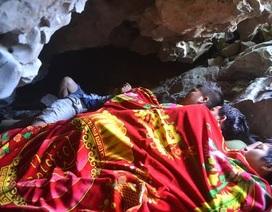 Kỳ lạ: Co ro đắp chăn giữa chảo lửa miền Trung