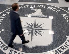 Báo Anh: CIA chụp ảnh lõa thể các nghi phạm trước khi tra tấn