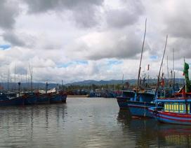 3 ngư dân bị sóng đánh rơi xuống biển mất tích