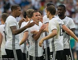 Đức dễ dàng đánh bại Hungary