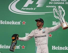 Vettel thiếu chút may mắn để đánh bại Hamilton